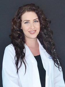 Esthéticienne médicale – Stephanie Pulcini